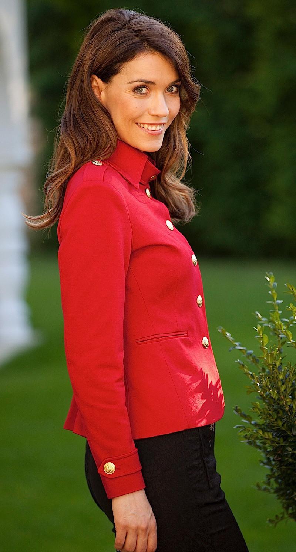 AMCO Fashion by Annett Möller | AMCO Albany Jacket | Flamenco Red | Rot | Sportlicher Strech-Blazer im Military Look | mit goldenen Knöpfen