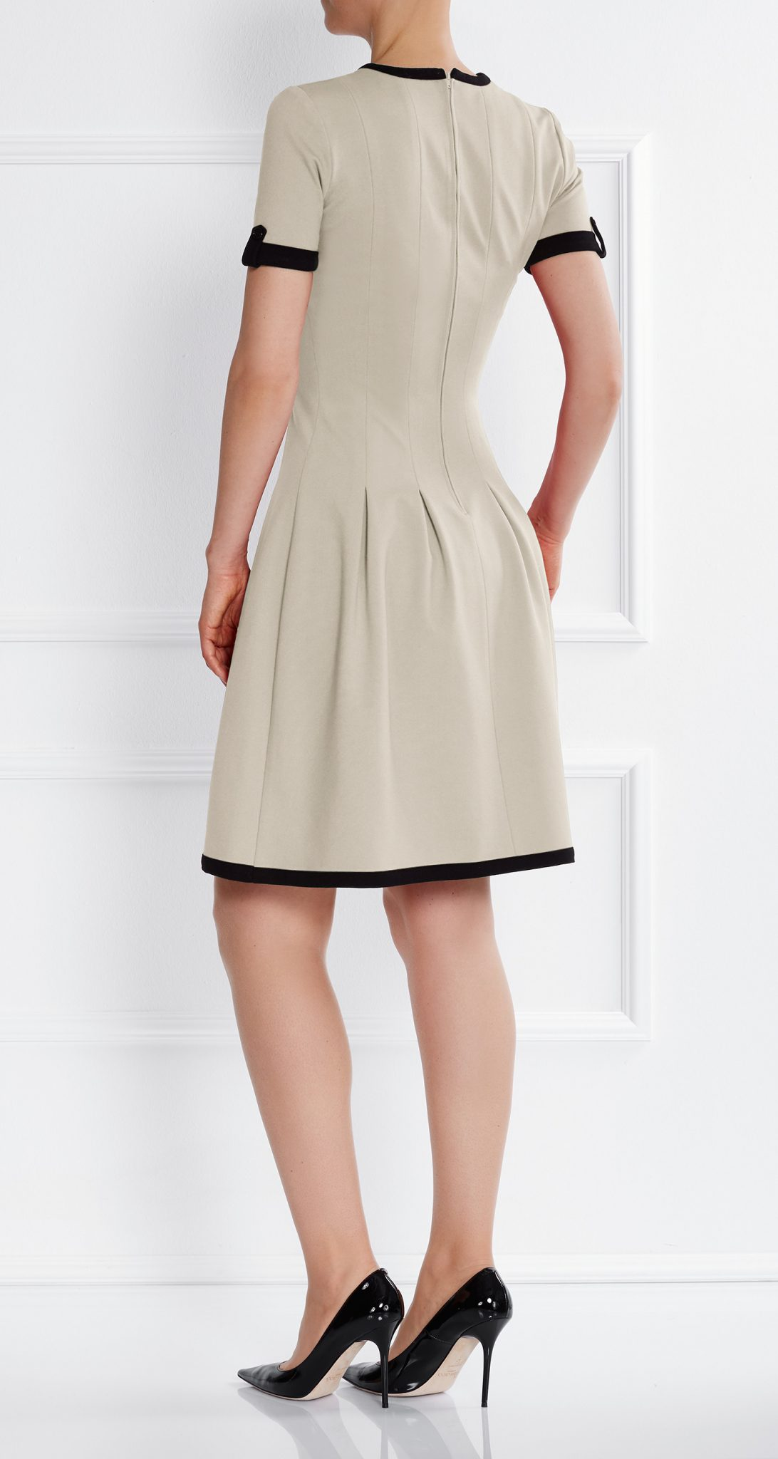 AMCO Fashion by Annett Möller | AMCO Celilia Dress | Beach Sand | Creme | Stretch Kleid mit verspielten Falten