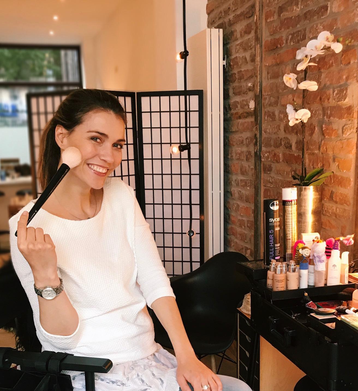 Tages-Make-up Teil 1 | Glamouröser Teint in 6 Schritten