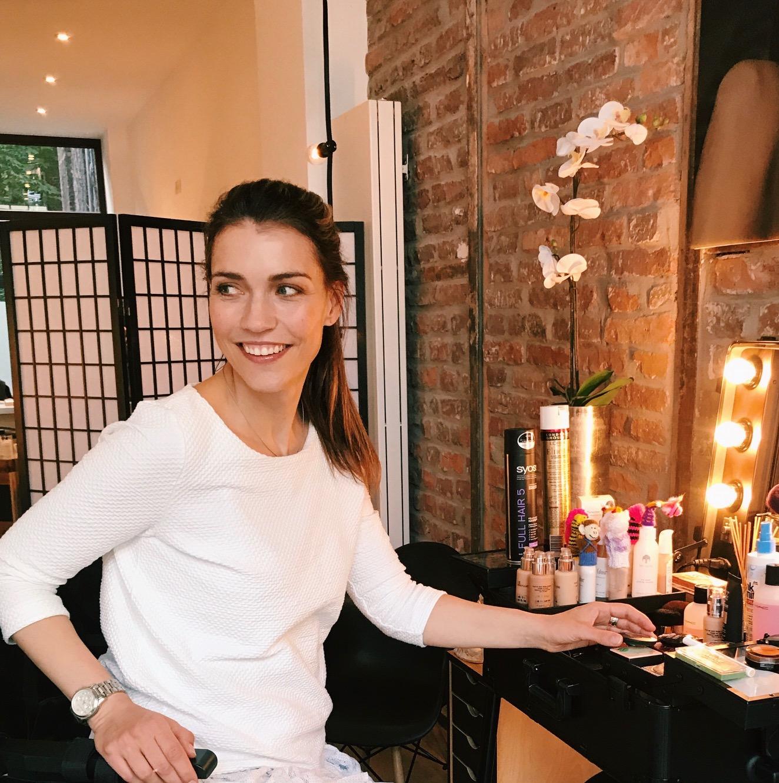 Tages-Make-up Teil 2 | Strahlende Augen in 7 Schritten