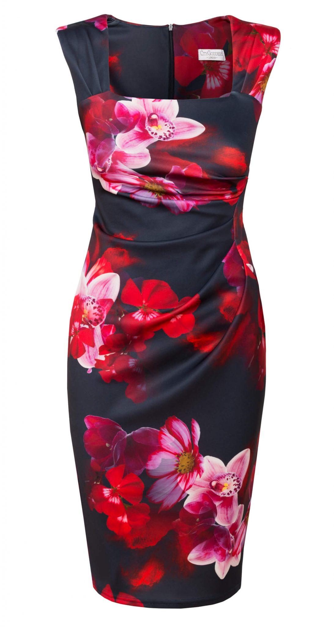 AMCO Fashion by Annett Möller | City Goddess | Kleid mit seitlichen Falten | Navy mit Blumen | Geblümtes Kleid | mit kaschierenden Falten